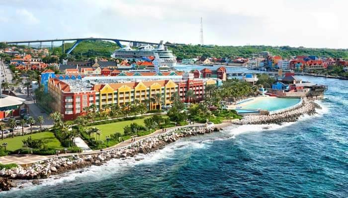 hotels curacao aan het strand