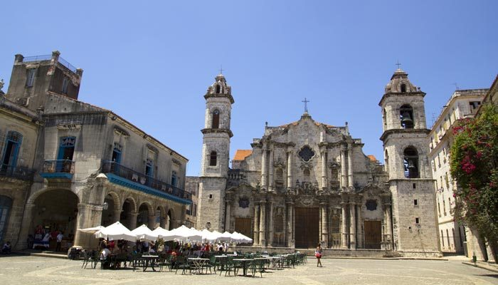 plaza de la cathedral bezienswaardigheid cuba