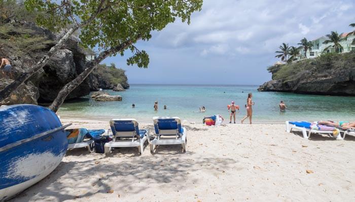 mooiste stranden curacao playa lagun