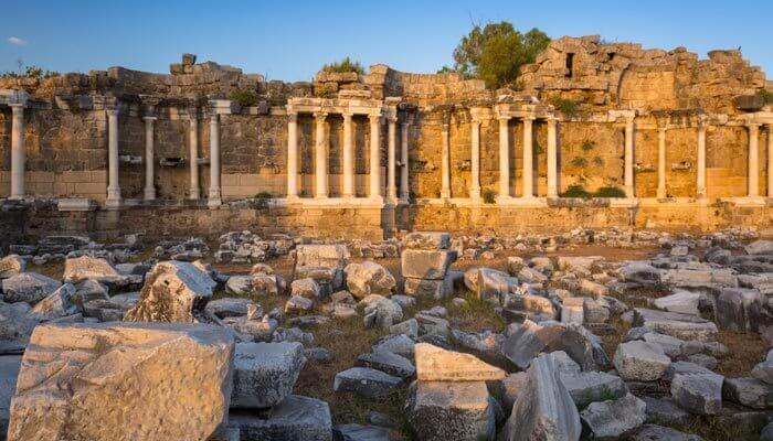 ruines aquaduct