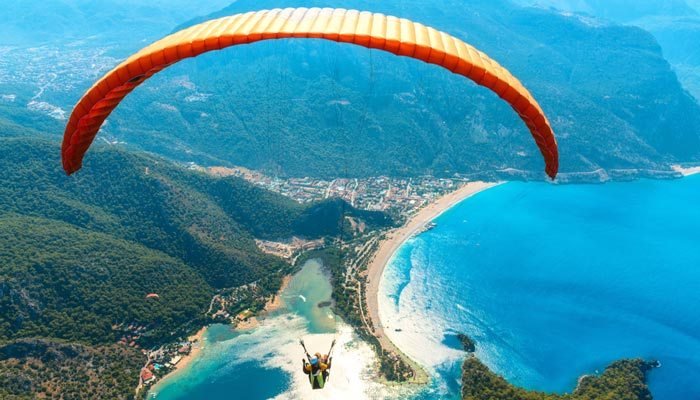 de blue lagoon van oludeniz mooiste strand van turkije