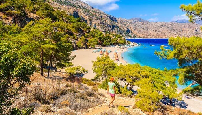 apella beach karpathos warmste eilanden griekenland