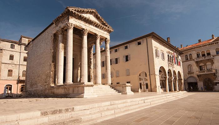 Bezienswaardigheden Istrie - Tempel van Augustus