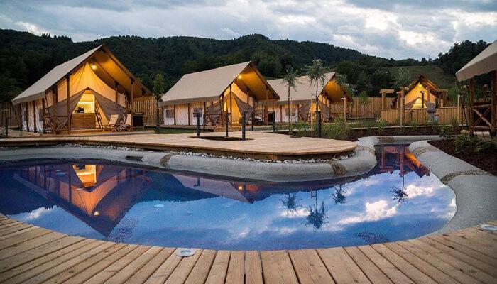 Autovakantie-slovenie_glamping-adria-village-olimia